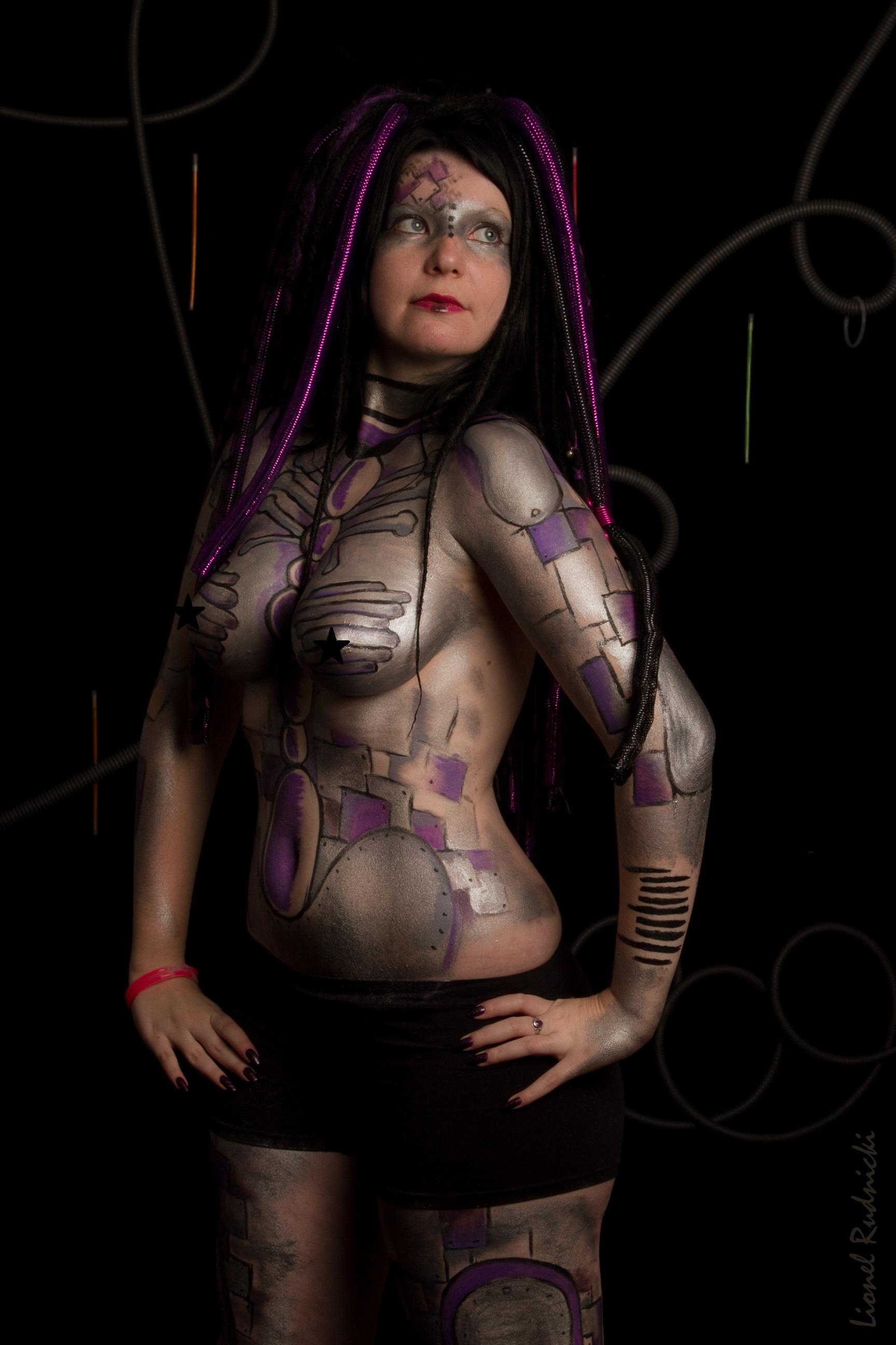 Cyber body paint