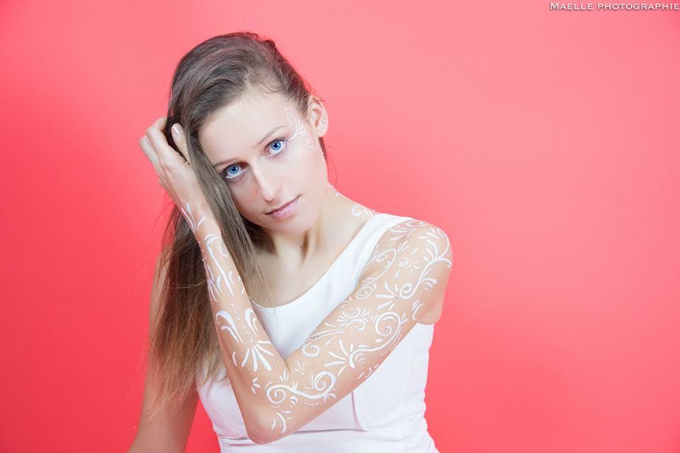 White MakeUp