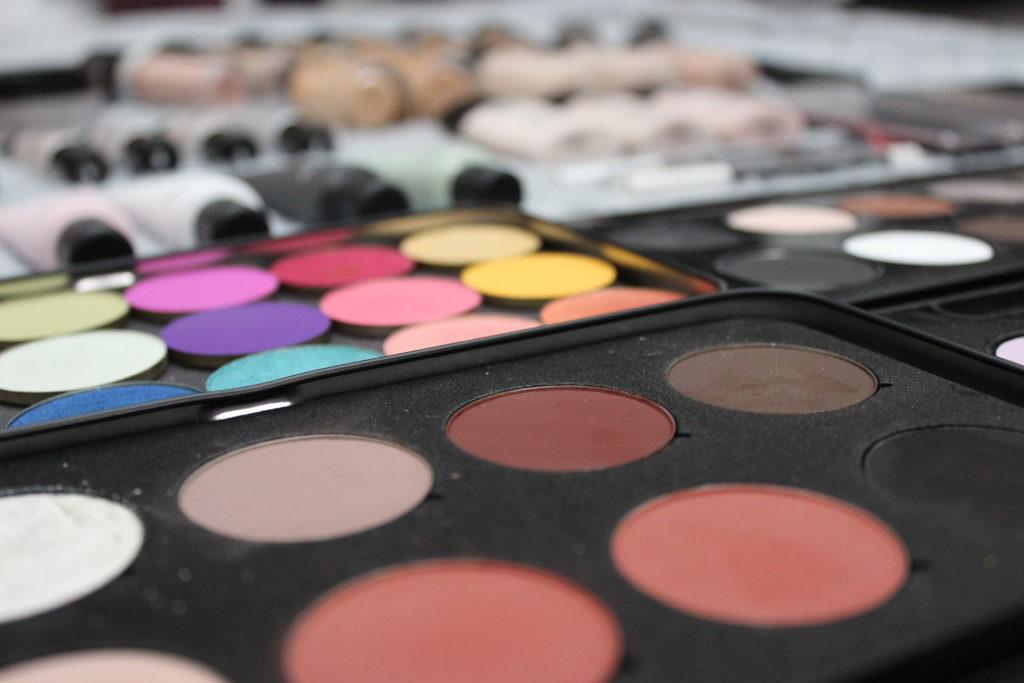 maquillage violette sucrée